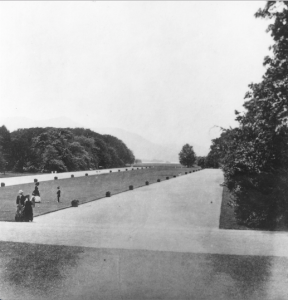 Those were the days: a stunning photograph showing the original Long Terrace Walk