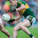 Kerry held in a dour struggle